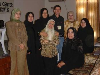Bob_and_Iraqi_Media_Women.jpg
